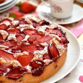 Gâteau-moelleux-aux-fraises