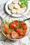 Tomates marinées