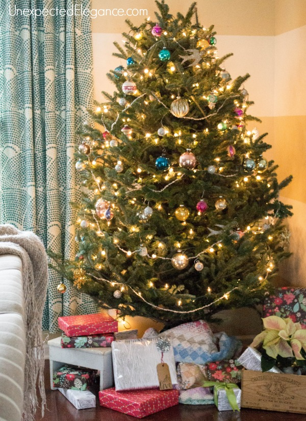 Faking a fully decorated house my christmas tour for Fully decorated homes