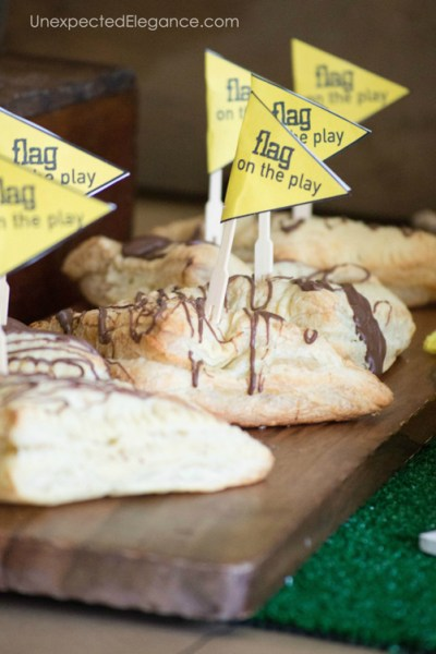 SIMPLE Ideas for a FUN Super Bowl Party   Decor, Food & Games