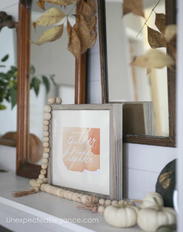 Get some inspiration for fall with this beautiful mantel!