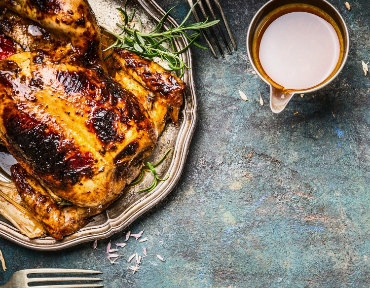 With a good game plan, you can host a Thanksgiving dinner that goes off without a hitch. Here are some Thanksgiving planning tips to make help!
