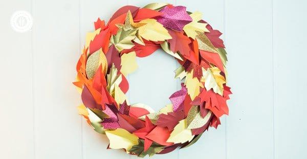Autumn Paper Leaf Wreath (+ printable template)