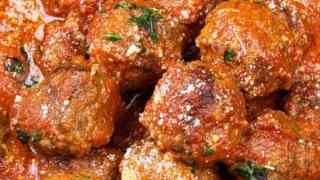 Keto Italian Slow Cooker Meatballs