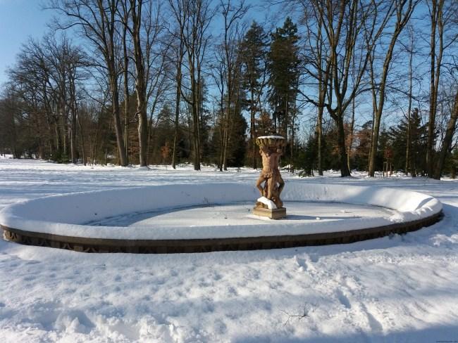 A photo of the frozen fountain - Sychrov, Czechia