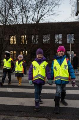 Kinder werden auch im Dunkeln sichtbar. Foto: ADAC.