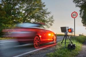 Geblitzt, was nun? Der ADAC hat die häufigsten Fragen von Autofahrer zusammengestellt. Foto: ADAC.