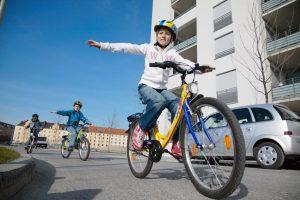 Kinder zwischen 10 und 14 Jahren verunglücken am häufigsten mit dem Fahrrad:  Fahrradausbildung oft nicht ausreichend. Foto: ADAC.