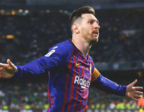 How much are Messi and Ronaldo earning from salaries and endorsements?