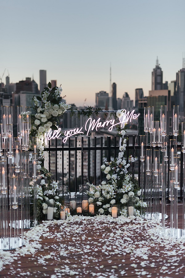 Neon Marry Me sign
