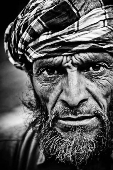 retratos-fotograficos-india - fotógrafo de viajes - cachemira -blanco y negro