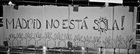 fotoperiodismo-acampada-barcelona-contra-desalojo-sol_017