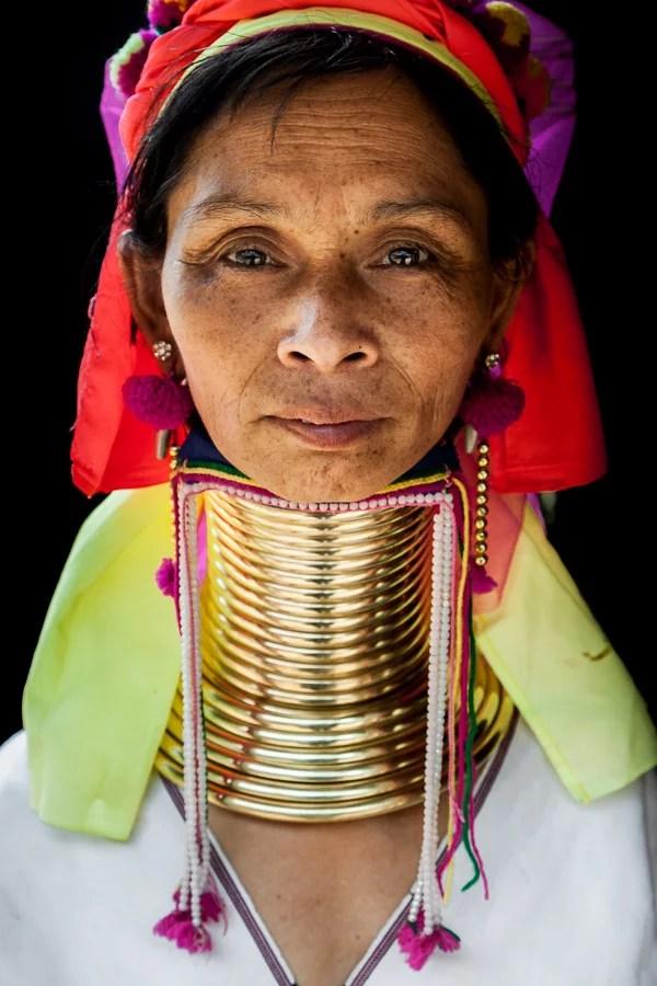 tailanda-tribus-refugiadas-mujeres-karen-jirafa-cuello-largo-long-neck