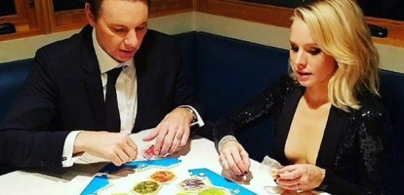 Game on! Kristen Bell, Dax Shepard Play Settlers of Catan Right After the Golden Globes!