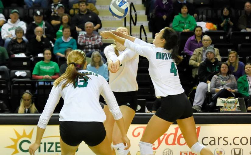 RUSS HONS: Photo Gallery — Women's Volleyball, University of North Dakota Vs. University of Idaho, November 12, 2015