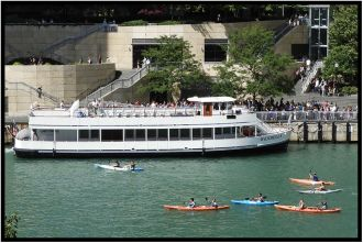 "The ""Wendella"" loading passingers for a cruise on the Chicago River."