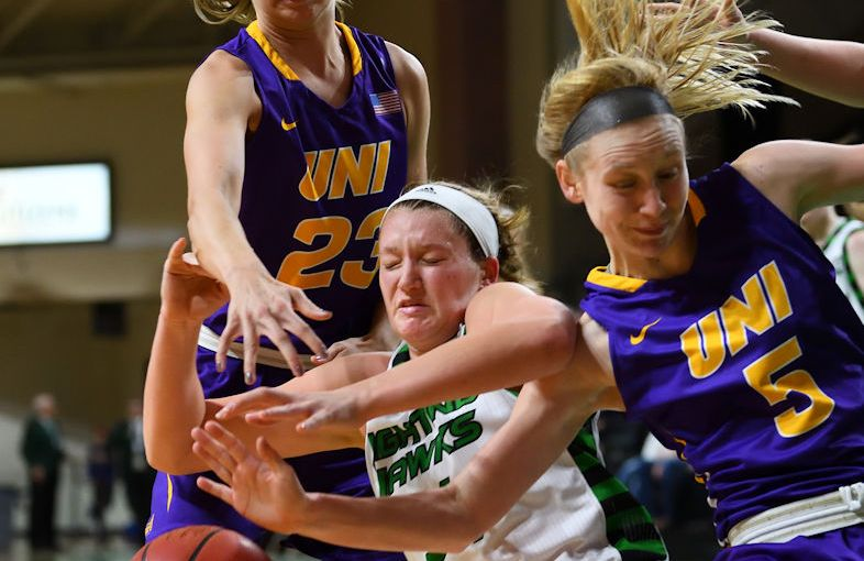 RUSS HONS: Photo Gallery — University of North Dakota Vs. University Northern Iowa