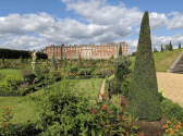 Hampton Court Palace - stunning.