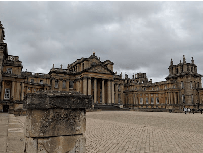 Blenheim Palace .