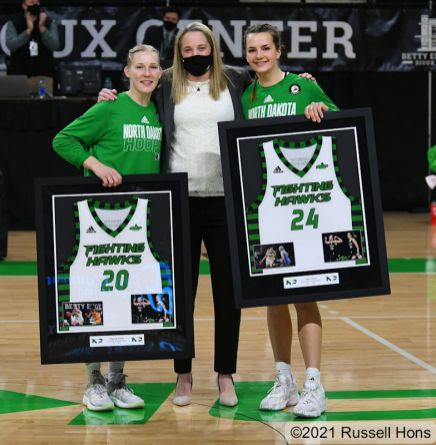 February 14, 2021: a NCAA women's basketball game between the University of South Dakota Coyotes and the University of North Dakota Fighting Hawks at Betty Engelstad Sioux Center in Grand Forks, ND. Photo by Russell Hons
