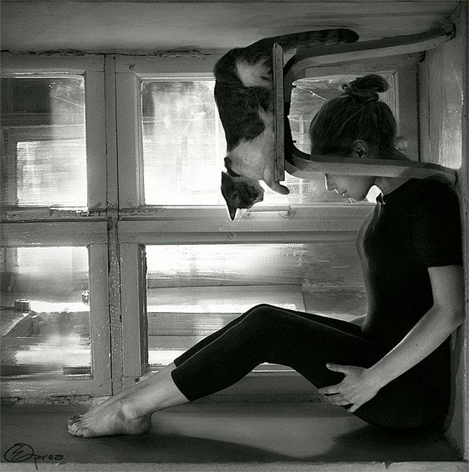 Lány macskával más szemszögből.