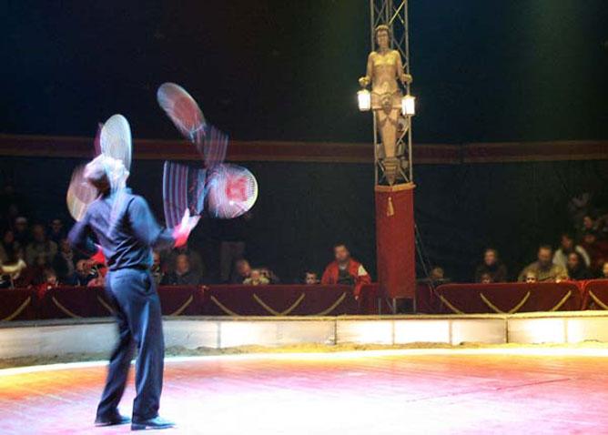 Cirkuszi artista.