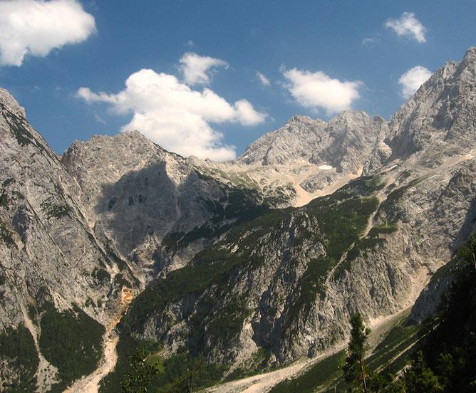 hegyek.