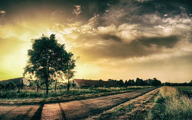 Vidéki napnyugta.