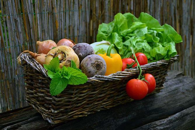 Zöldség-gyümölcs.