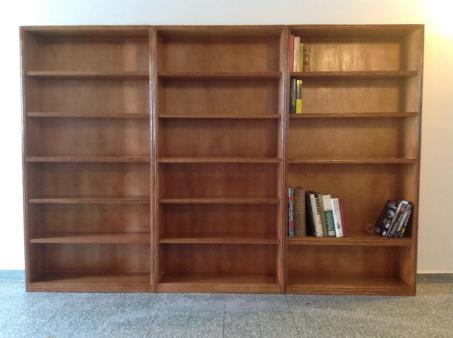 Rattan Bookshelf 02