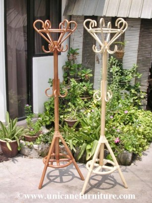 Rattan Clothes Tree 0886