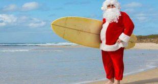 babbo natale con surf