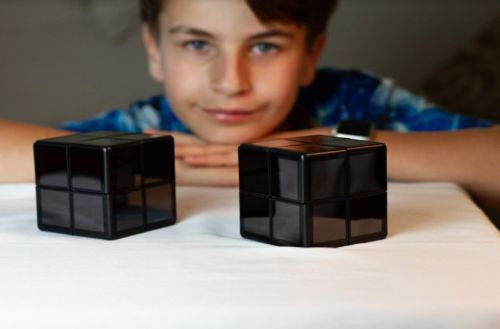 WOWCube-cubo-Rubik-niño-prodigio-unicornia-dreams-videoconsolas-portatiles-1024x670