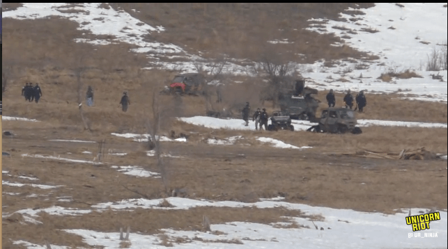 North Dakota Dismantles #NoDAPL Oceti Camp F23-invade4-rightflanking