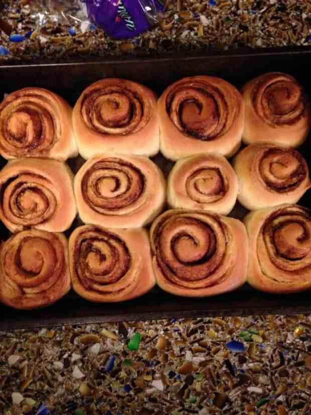 Cinnamon-rolls-IFBC