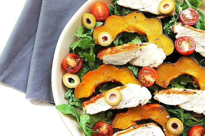 This grilled chicken acorn squash salad is perfect for fall!