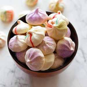 These Easy Crispy Mini Meringues are indeed easy! Just a few notes and you will have delicious and crispy meringues all the time!