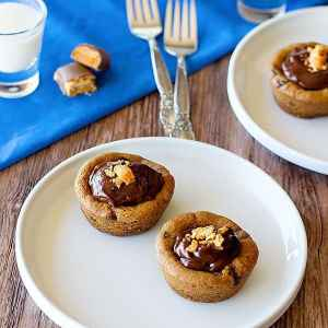 Chocolate Chip Cookie Cups with Chocolate Pudding