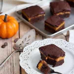 Pumpkin Pie Brownies [Video]
