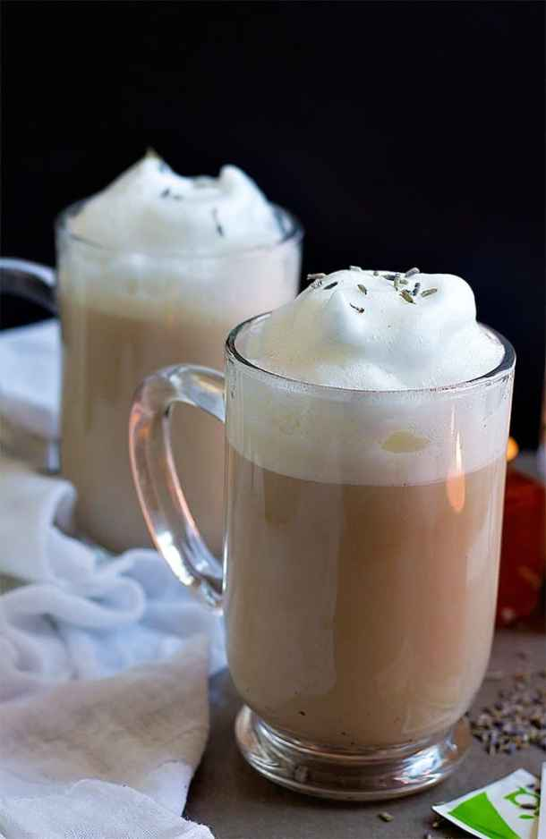 This tea with frothing milk is very simple and easy to make.