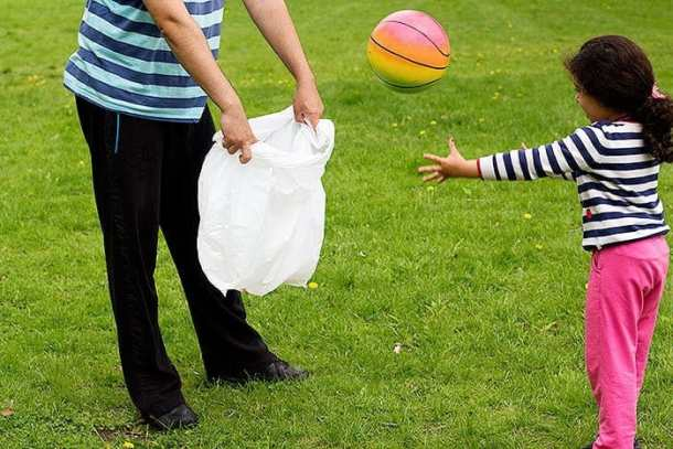 Use Hippo Sak for games and have fun with kids on a Sunday Picnic.