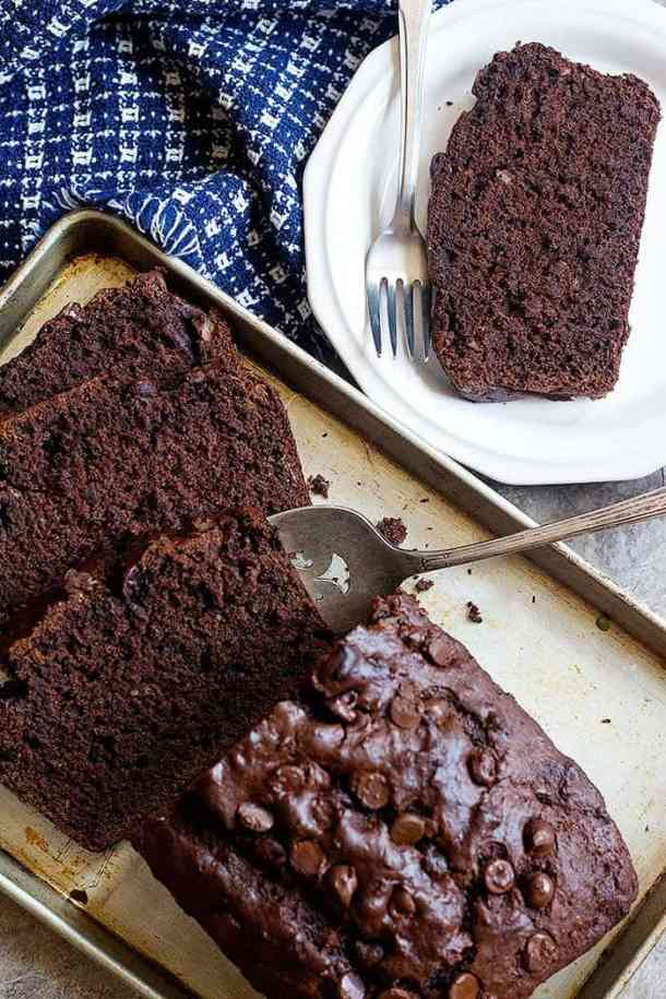 Chocolate banana bread has a dark color and you should let it cool before slicing it.