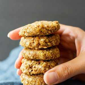 No Bake Peanut Butter Oatmeal Cookies [Video]