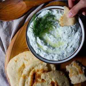 Tzatziki Recipe (Greek Cucumber Sauce) [Video]