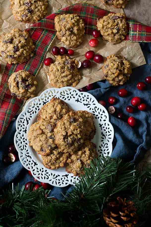 These are the best cranberry oatmeal cookies ever! Crispy on the edges and chewy on the inside, these delicious walnuts oatmeal cranberry cookies are everyone's favorite!