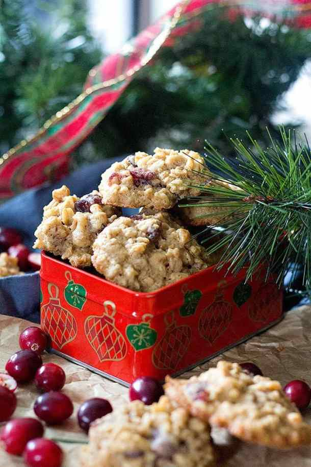 Oatmeal cranberry cookies are perfect for holiday gifts!