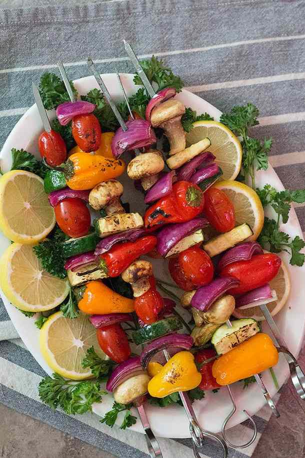 An easy veggie shish kabob recipe that you can make any time. Delicious grilled vegetables flavored with garlic, thyme and balsamic vinegar make the best side dish!