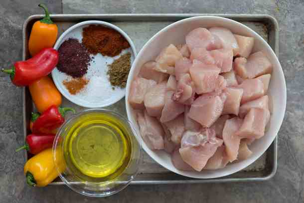 To make chicken kabobs you need chicken olive oil spices and peppers.