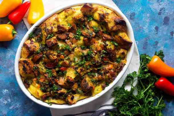 Savory bread pudding is great for brunch. This sausage bread pudding with spinach and asparagus is full of delicious ingredients and very easy to prepare.