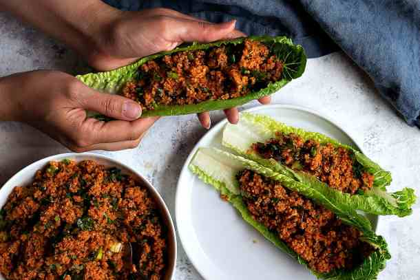 serve kisir with fresh lettuce as a nice appetizer.